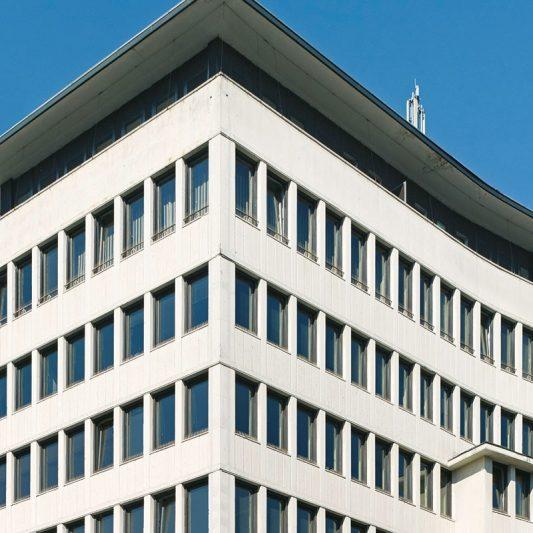 Schadowstraße 86-88 Ausschnitt Fassade obere Etagen