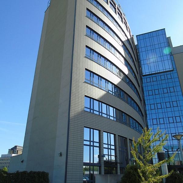 Arcadia Parc facade view of round building