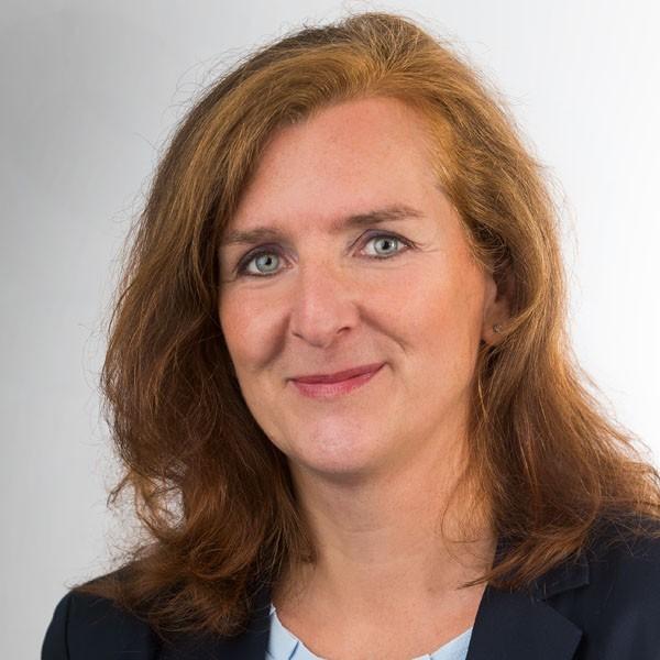 Portrait Bettina Preißner-Langemann Vermietung Brune Immobilien GmbH