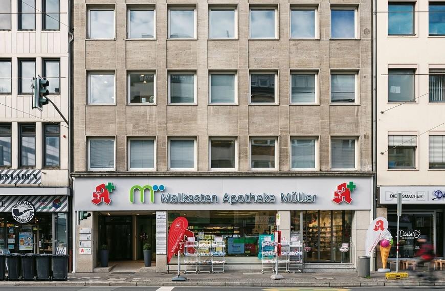Jacobistraße facade lower floors with pharmacy Malkasten Apotheke Müller
