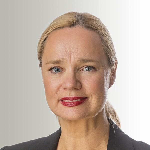 Portrait Kirsten von Lom Assistenz Empfang Brune Immobilien GmbH