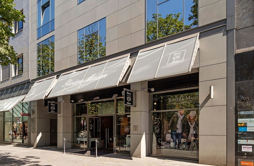 Königsallee 96 facade with shop Rivièra Maison
