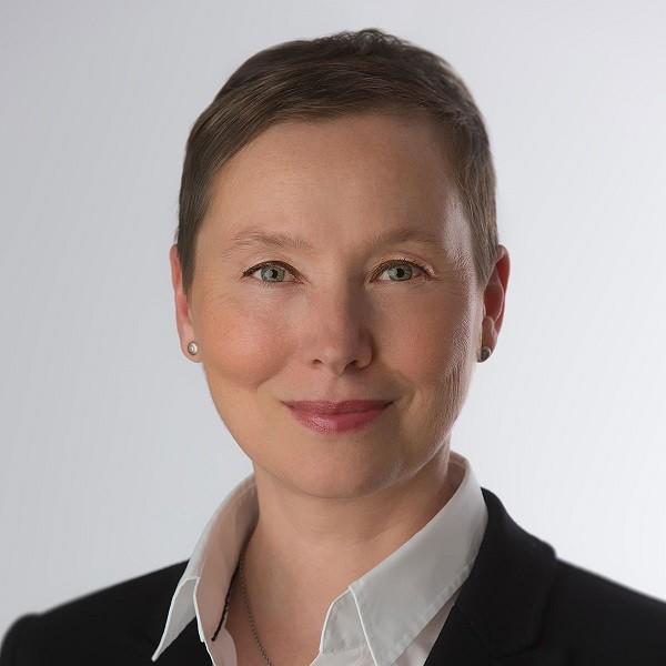 Portrait Silke Jakowski Assistenz Geschäftsleitung Brune Immobilien GmbH
