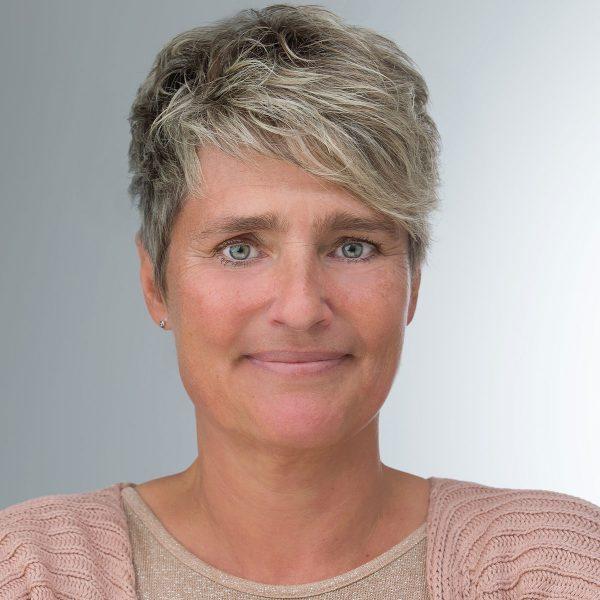 Portrait Ursula Sahlfeld Assistenz Geschäftsleitung Brune Immobilien GmbH