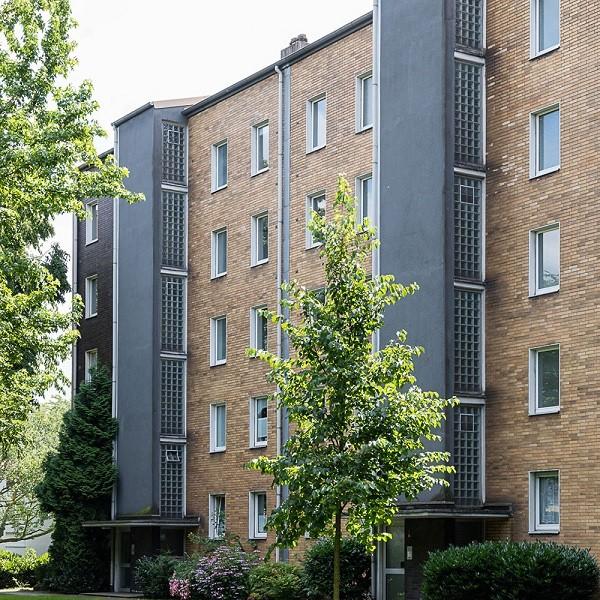 Zinkhüttenpark Ausschnitt Fassaden seitlicher Blick auf Wohngebäude